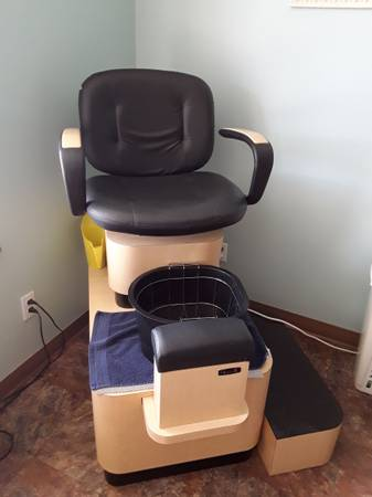 Photo Nail tech business furniture and equipment (Hayden ID)