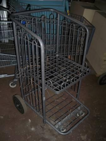 Photo Premier store or mig welder cart - $50 (post falls)