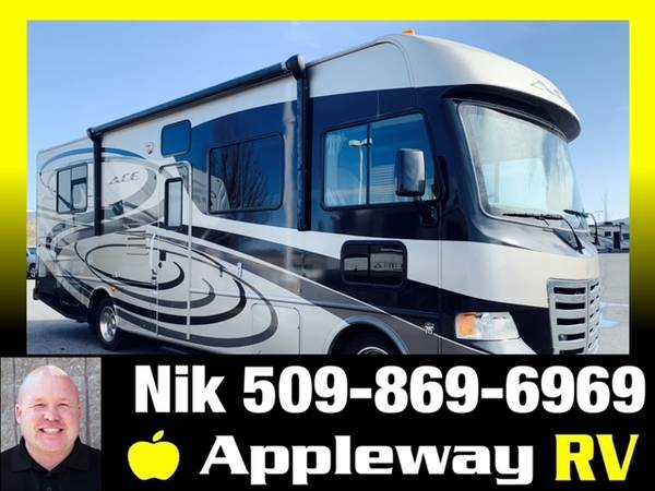 Photo Used 2012 Thor Motor Coach ACE 29 1 Class A Gas FULL BODY PAINT - $69,986 (Liberty Lake)