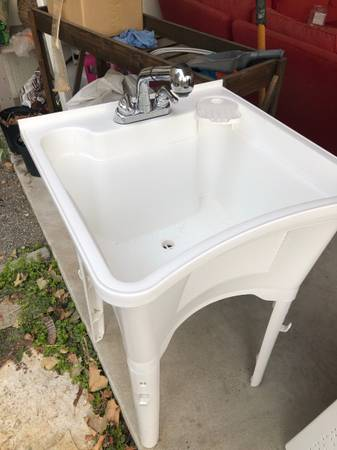 Photo Utility sink - $60 (Spokane)