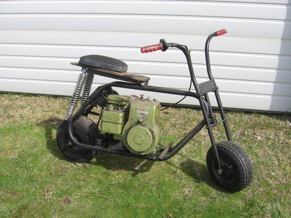 Photo VINTAGE MINI BIKE - $350 (OTIS ORCHARDS, WA.)