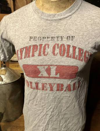 Photo Vintage Property Of Olympic College Faded Logo Volleyball T-Shirt Mens - $20 (Spokane Valley)