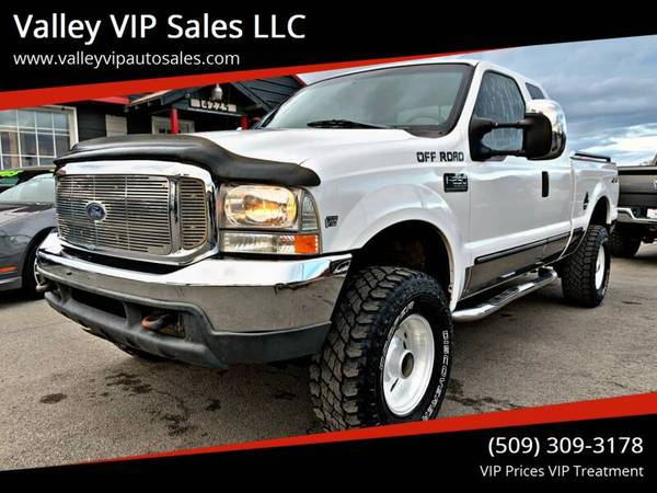 Photo -- 1999 FORD F-250 SUPER DUTY XLT 4WD -- 118K Miles -- Manual Trans - $6995 (valley vip auto sales)