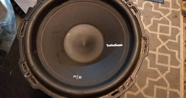 Photo 12in Rockford Fosgate subwoofer - $40 (Springfield)