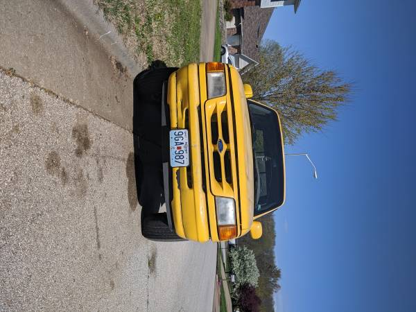 Photo 1995 Ford Ranger ext cab splash edition - $1300 (Springfield)