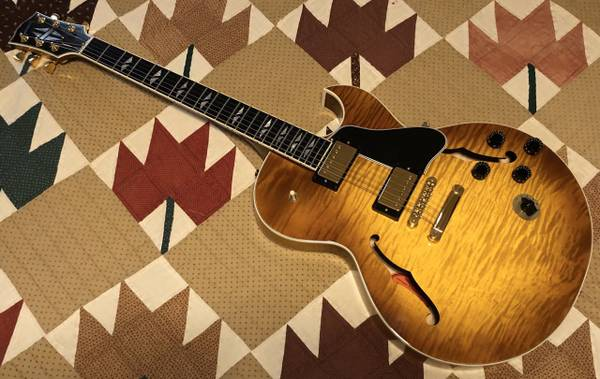 Photo 2003 Gibson ES-137 Custom Electric Semi-Hollow Body Guitar With HSC - $2200 (SW Springfield)