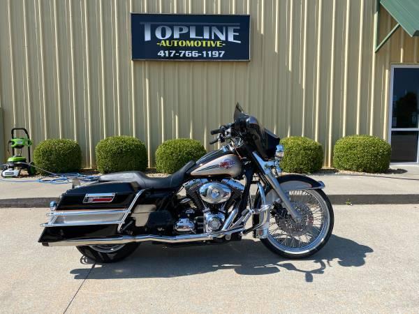 Photo 2007 Harley Davidson Ultra Classic FLHTCU - $8,995 (Nixa)
