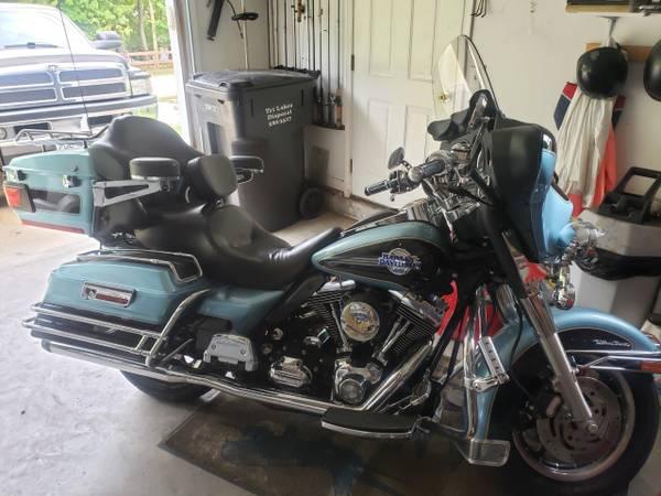 Photo 2007 Harley Davidson Ultra Classic - $9,200 (Hollister)