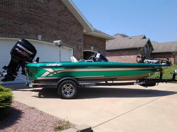 Photo 2013 Legend Alpha 191DC bass boat - $28,000 (Nixa)
