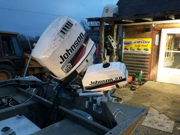 Photo 20 ft 84 in wide with a 150 Johnson and a 2 hp kicker - $10 (Wheatland)