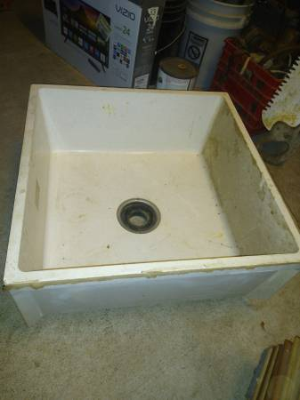 Photo 24x24 x10quot mop basin  utility sink parts wash etc. - $25 (Forsyth)