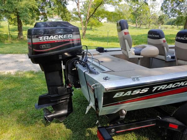 Photo Bass Tracker Boat For Sale - $8,200 (Republic, Mo)
