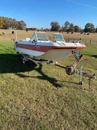 Photo Boat, motor trailer for sale - $1,500 (Bolivar)
