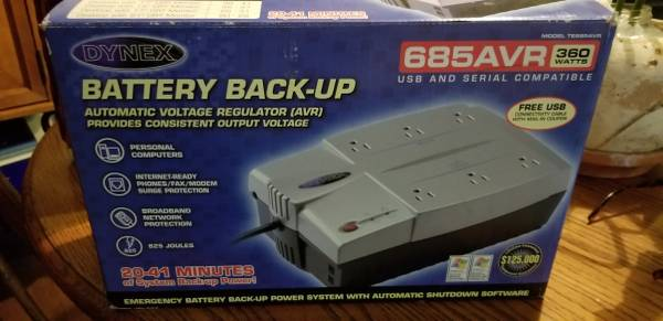 Photo Dynex Battery Back-Up. 685AVR 360 Watts Never Used OBO - $20 (Springfield)