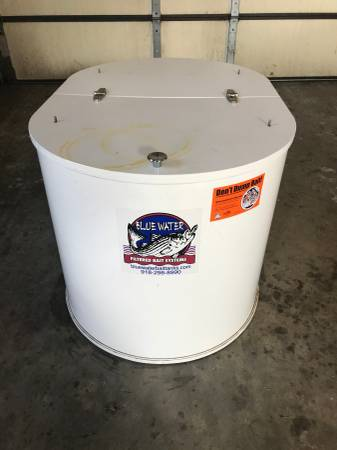 Photo For Sale 40 Gal Filtered Bait Tank - $400 (CUBA)