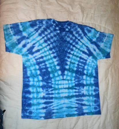 Photo Handcrafted Tie-Dye T-Shirt XL - $25 (HollisterE Branson)