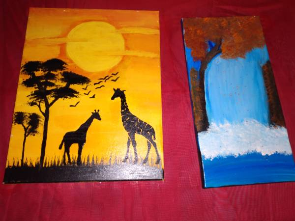 Photo Handmade paintings and wooden Christmas sign (Aurora mo)