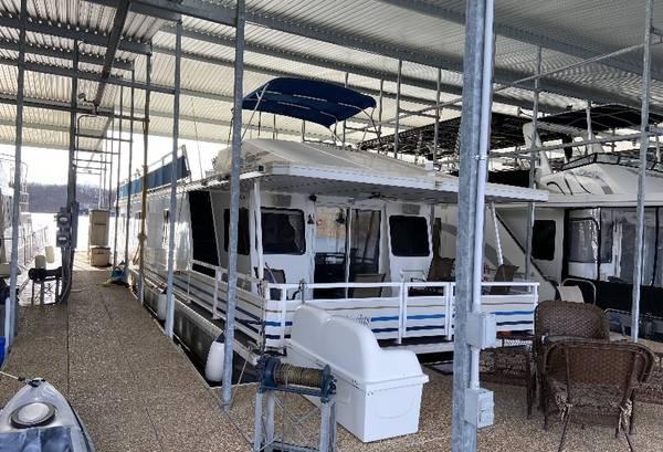Photo Houseboat for Sale - $129,500 (Stockton Lake)