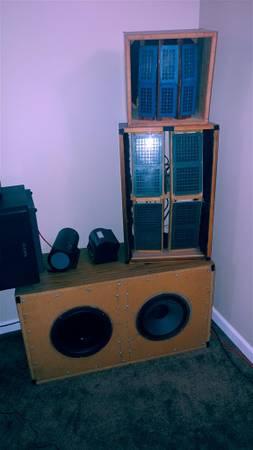 Photo RTR Electrostatic Speakers - $7,899 (Branson)