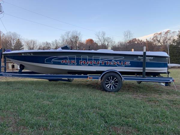 Photo Ski boat Air Nautique - $5200 (Ozark mo)