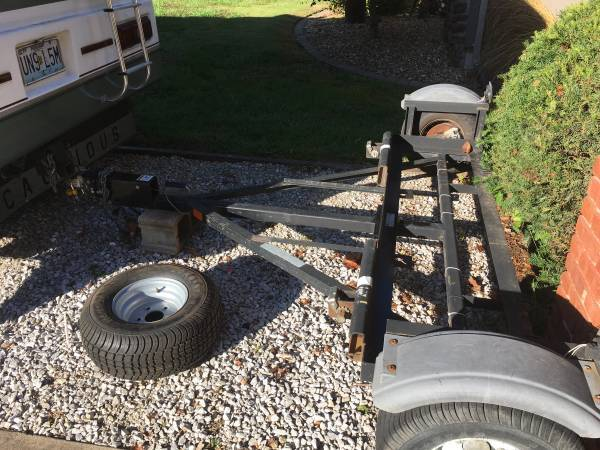 Photo Tow dolly cash only - $1100 (Strafford)