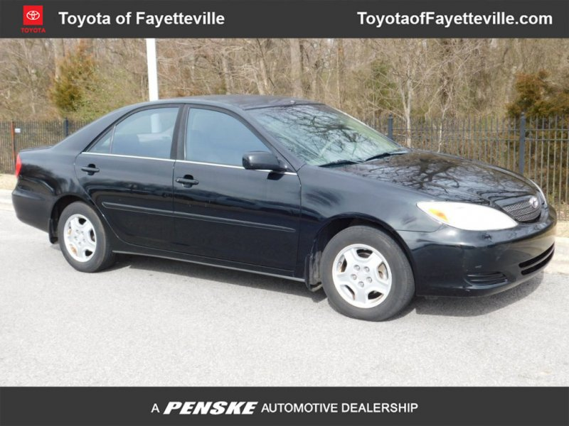 Photo Used 2003 Toyota Camry V6 for sale