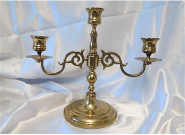 Photo Vintage Ethan Allen Polished Brass Candelabra - $25 (Nixa, Mo.)