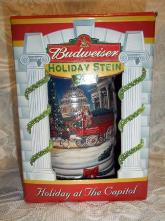 Photo 2001 Budweiser Holiday Stein Holiday at the Capitol NIB - $15 (Springfield)