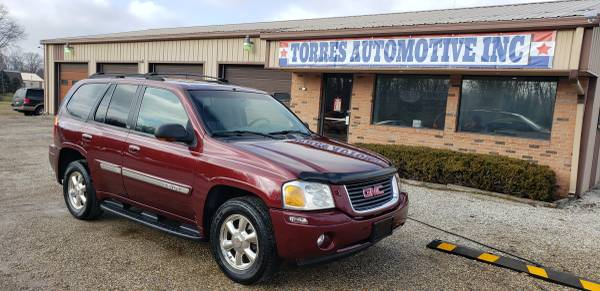 Photo 2002 GMC Envoy SLT - 4x4 - $3995 (TORRES AUTOMOTIVE - PANA , IL)