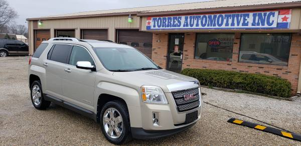 Photo 2012 GMC Terrain SLT - AWD - Loaded - $5695 (TORRES AUTOMOTIVE - PANA , IL)
