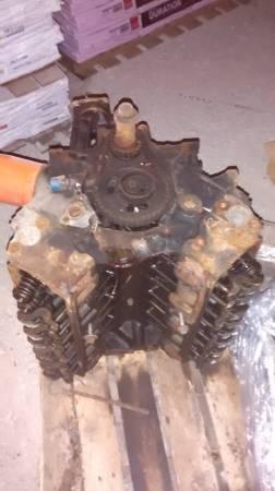 Photo 302 ford engine - $250 (Farmersville)