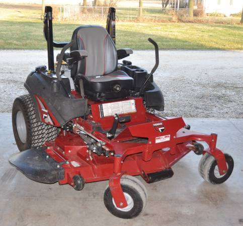Photo 61quot Zero Turn Commercial Mower -FERRIS - $7500 (Troy, MO)