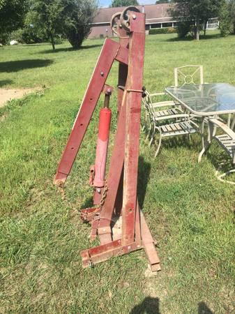 Photo Engine hoist - $100 (Petersburg)
