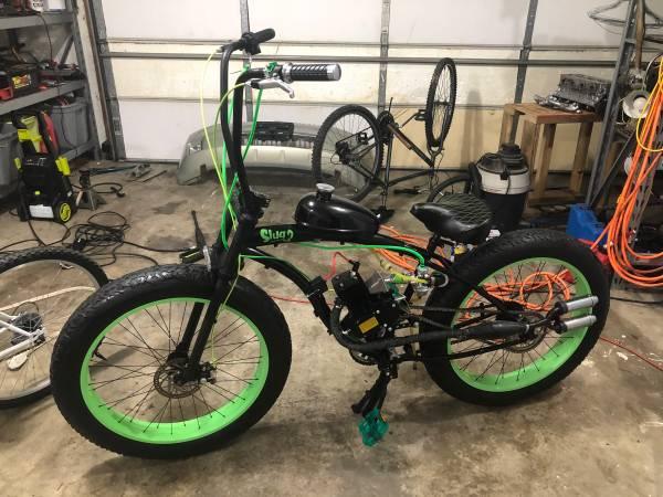 Photo Fat tire Gas bike - $1,500