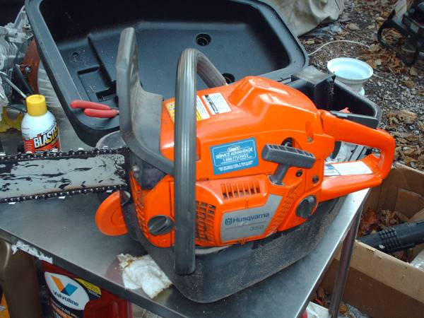 Photo Husqvarna 350 chain saw - $200 (Sherman)