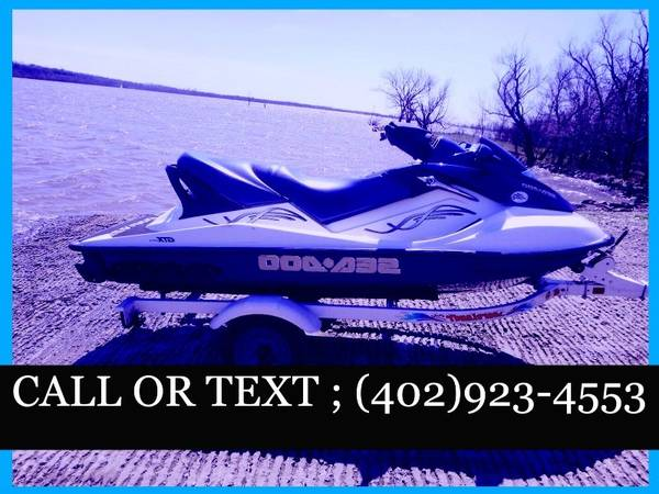 Photo Jet Boat 05 Seadoo Speedster 155 HP Comes with trailer - $1,000 (springfield, IL)