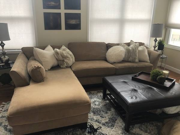 Photo Lazy-Boy Couch with Ottoman - $650 (Springfield IL - Piper Glen)