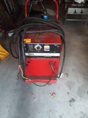Photo Lincoln Pro-Cut 125 Plasma Cutting System - $1,000 (Argenta)