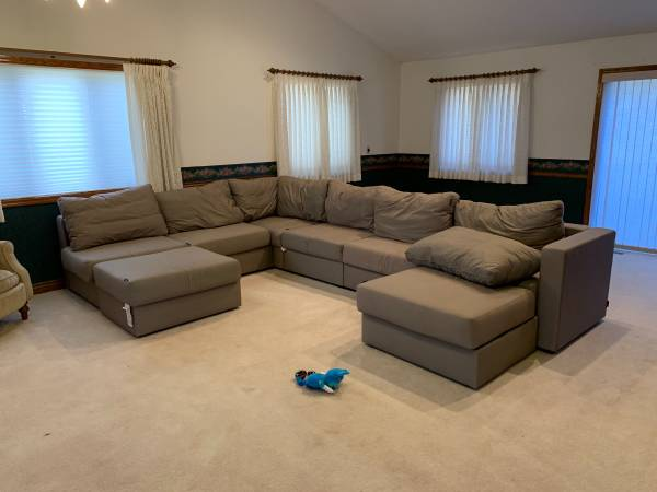 Photo LoveSac Couch - $1100 (Carlinville)