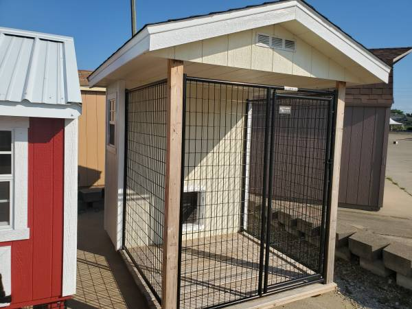 Photo New Shed - Insulated Dog Kennel - $2,910 (Springfield, IL - Village Gift Shoppes)