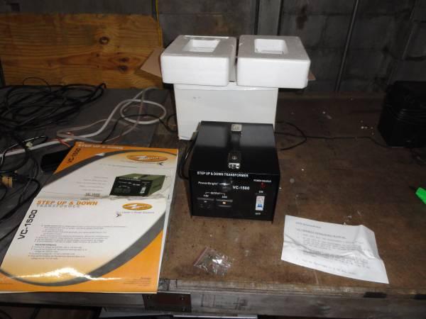 Photo POWER BRIGHT, VC-1500, 1500 WATT HEAVY DUTY VOLTAGE CONVERTER 110-220 - $75 (U City)