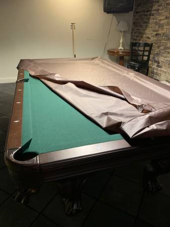 Photo Pool Table by American Heritage - $1200 (Springfield)
