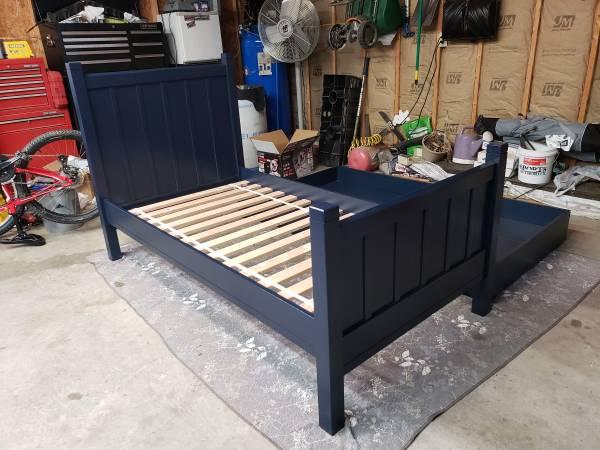 Photo Pottery Barn Kids C Bed, Trundle  Dresser - $625 (HAVANA)