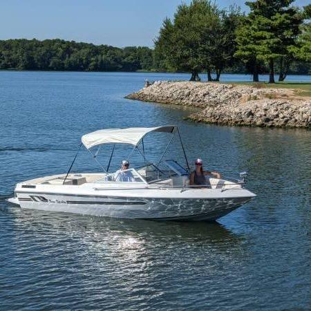 Photo SEA SPRITE- 2095 I.O. V6 1984 - $8,650 (Chaign)