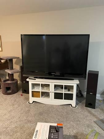 Photo Samsung 67quot DLP HDTV (HL67A750) - $350 (SPRINGFIELD)