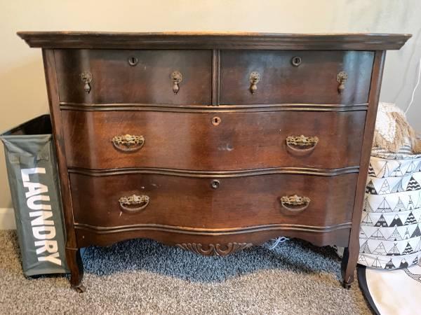 Photo Walnut antique dresser with original mirror - $200 (Spaulding)