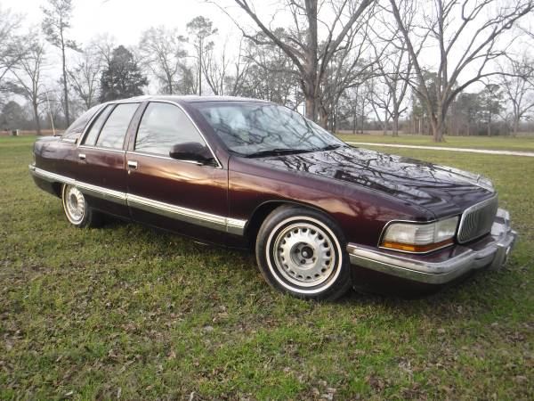Photo 1995 Buick Roadmaster - See Details - obo - $800 (Metter GA)