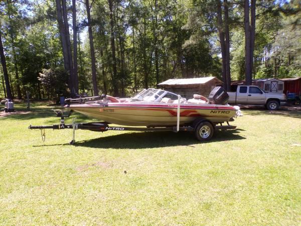 Photo 1997 Nitro Fish and Ski Boat - $4,500 (Claxton,GA)