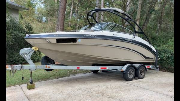 Photo 2012 Yamaha 242 Limited S Jet Boat - $32,500 (Summerville)