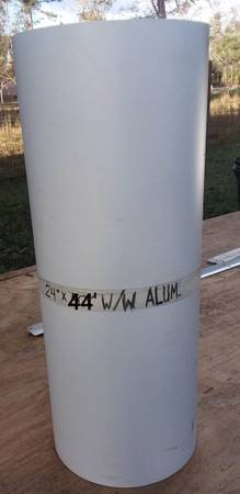 Photo 24quot  44quot white on white aluminum roll of metal (6 ft used) - $40 (Cross)